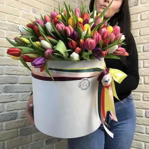 Коробка тюльпанов #1